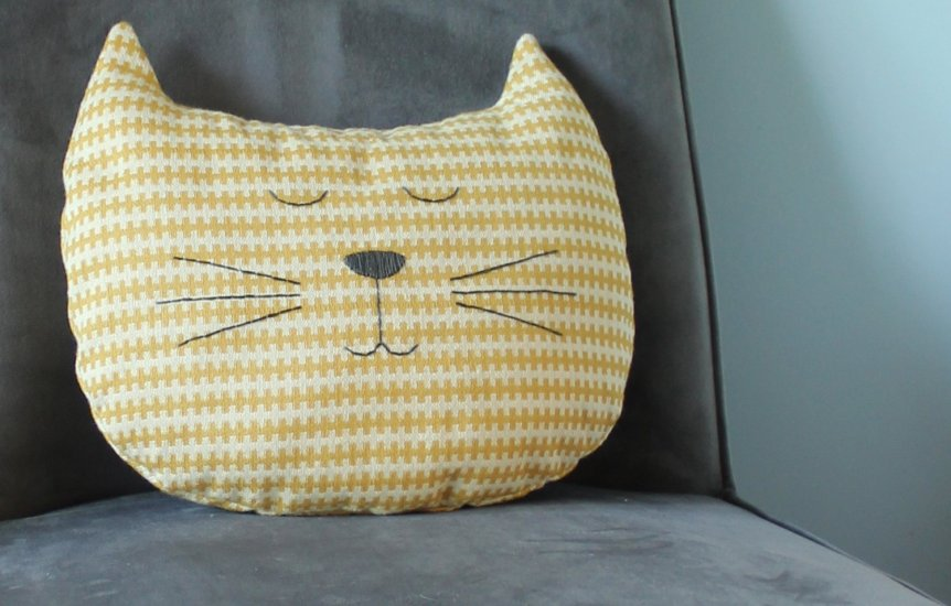 free cat pillow sewing pattern