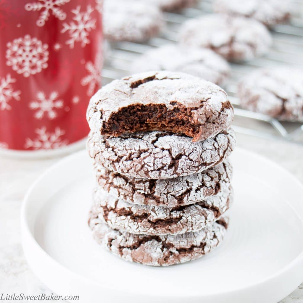 Soft, chewy and fudgy chocolate crinkle cookies made with just 4 ingredients.