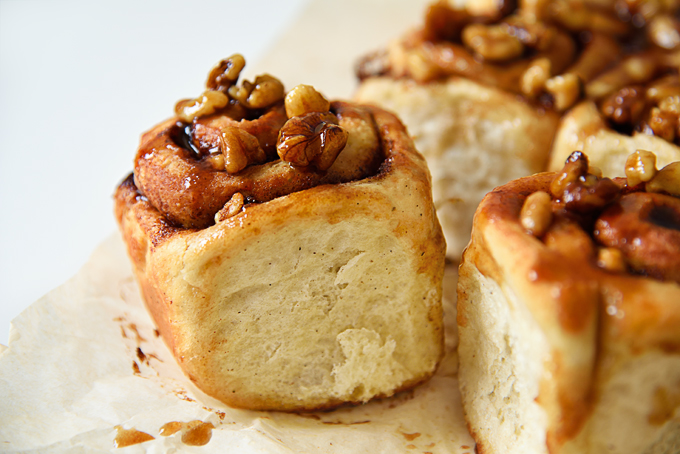 Vegan Walnut Sticky Buns