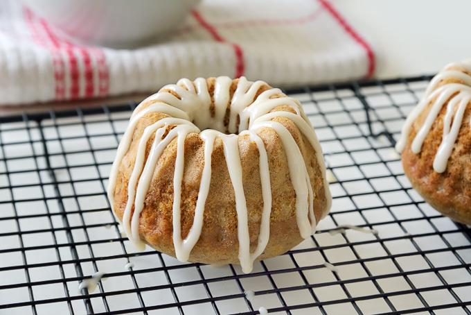 Cinnamon Zucchini Mini Cakes