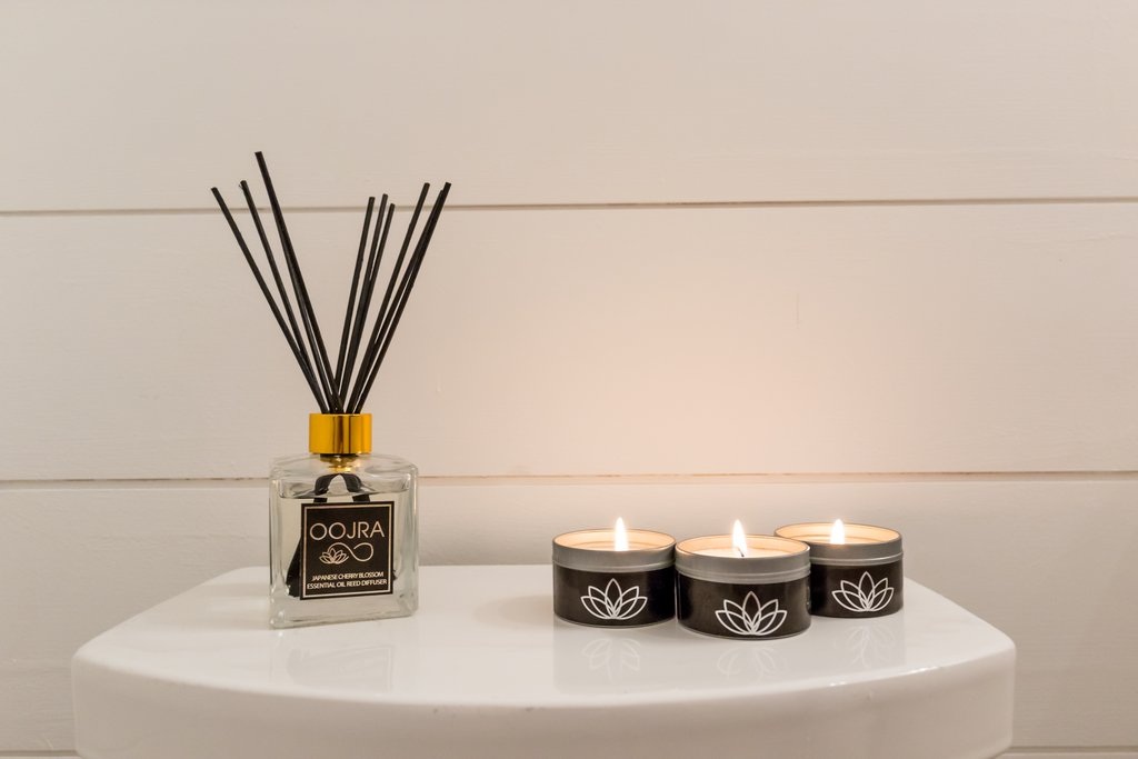 Oojra Essential Oil Soy Travel Candle Gift Set