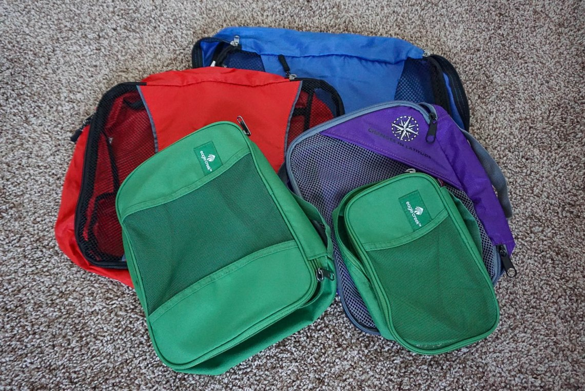 Packing Cubes Travelers Gift Guide