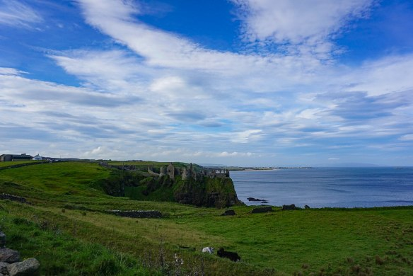 Dunluce Castle Northern Ireland - Giant's Causeway Day Trip