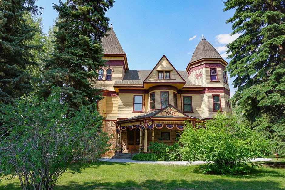 Ivinson Mansion - Wyoming Women