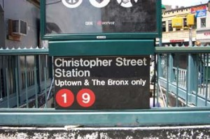 Uptown-vs-Downtown-New-York-Subway-stations-300x199