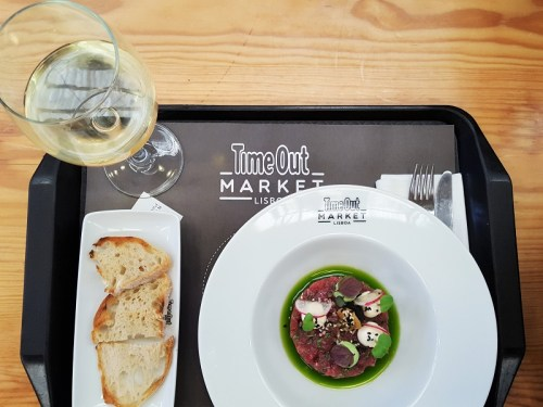Time Out Market: DER Food Court in Lissabon
