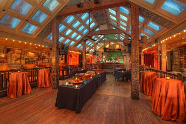Ultimate Vegas Wedding Venue Guide House Of Blues And Foundation Room Little Vegas Wedding