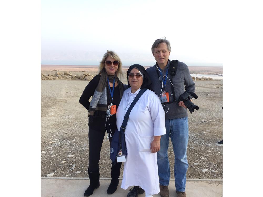 Dead Sea-Karen, Phil and Mother Ada