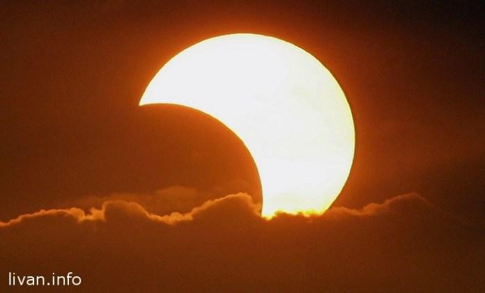 Солнечное частичное затмение в Ливане сегодня с 10:45 утра