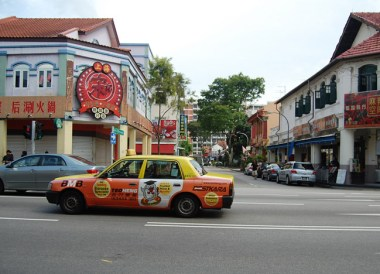 Taxi on Geylang Street, Where to Stay in Singapore on a Budget