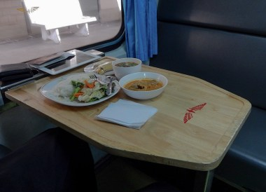 Eating On-Board, Malaysia to Thailand by Train From Kuala Lumpur