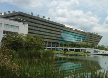 Chaeng Wattana Building, VISA renewal in bangkok immigration office