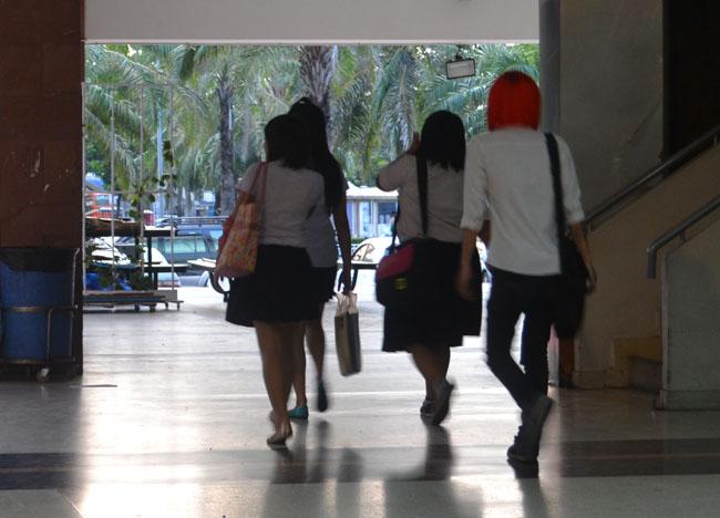 Sripatum SPU at Night, Bangkok Student Life in Southeast Asia