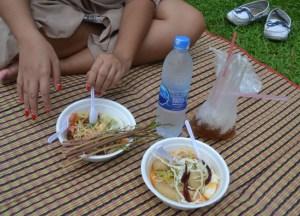 Som Tam Snacks, Chatuchak Park Bangkok, Park Life in Southeast Asia