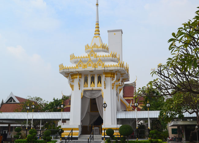 Crematorium at Wat Tri Thotsathep Worawihan, Bangkok Southeast Asia