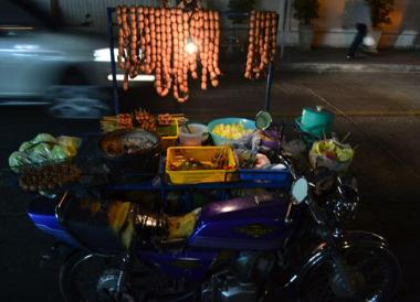 Bangkok Street Food, Thai Isaan Food, Eating in Northeastern Thailand