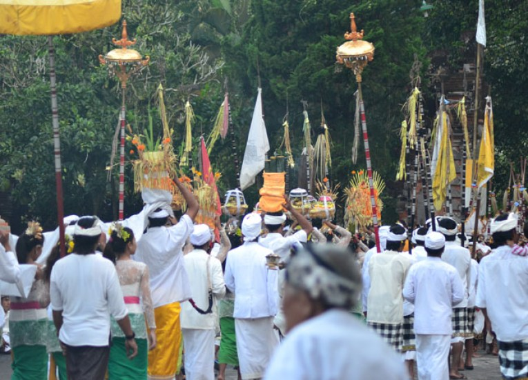 Offering Ceremony, Escape Tourism in Ubud Cultural Capital of Bali