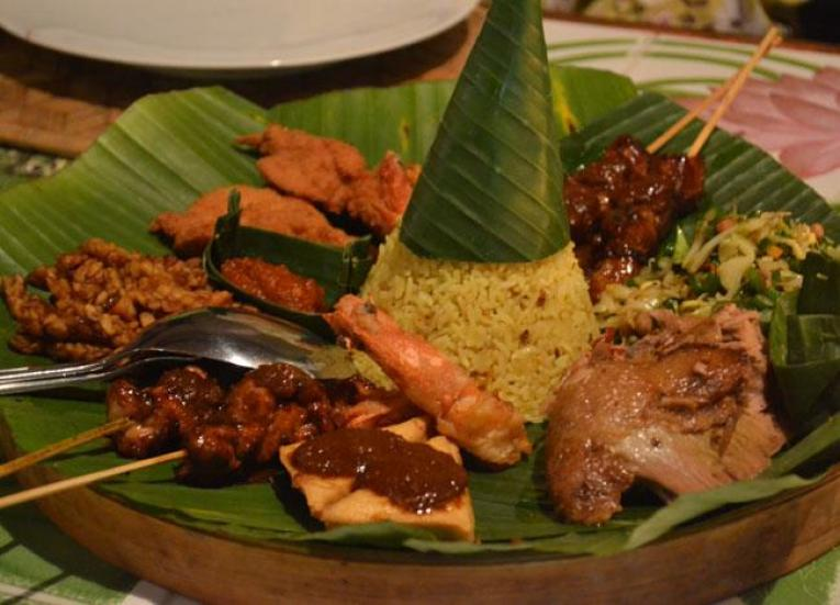 Mini Rijsttafel Cafe Lotus, Best Restaurants in Ubud Centre, Bali Food