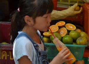 Orange Juice, Eating at JJ Market Bangkok, Chatuchak Weekend Shopping