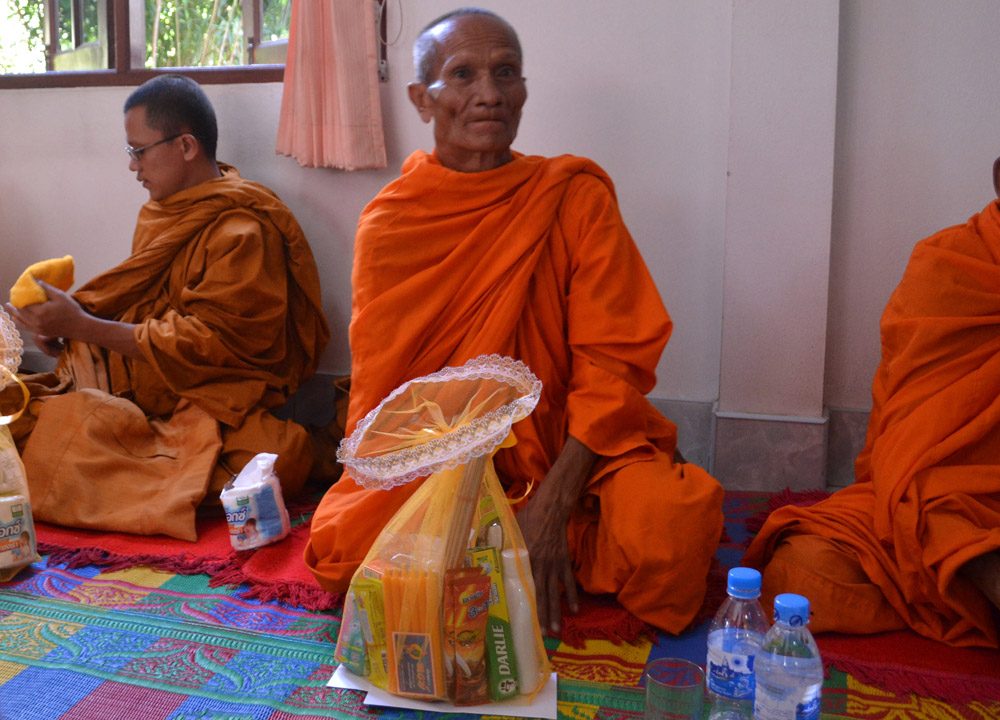 blessing buddhist single men Chanting does not require a person to spend a single cent  - buddhist mantras are all  it also contains bodhisattva and various gods' blessing and.