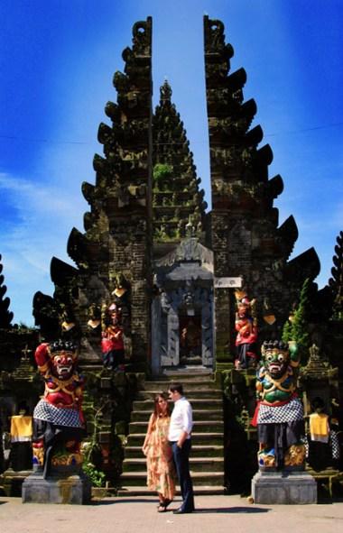 Batur Temple, Pre-wedding Photo Shoot in Bali Photography Locations