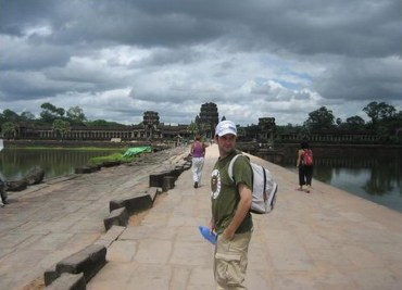 Forwarding to Angkor Wat, Thailand-Cambodia Border Crossing, SE Asia