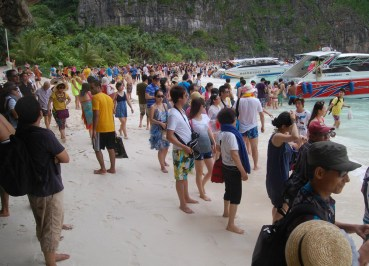 The Real Maya Bay, Thai Tourist Attractions in Southeast Asia to Avoid