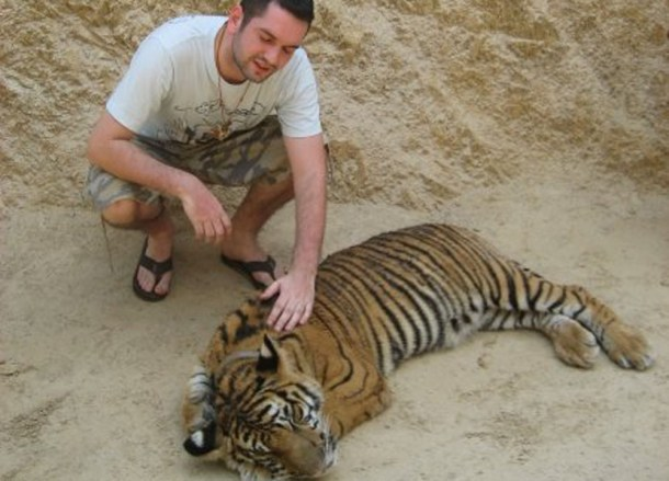 Tiger Temple Kanchanaburi, Travel in Southeast Asia, Tourist Attractions