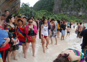 Crowded Beaches Thai, Travel in Southeast Asia, Tourist Attractions