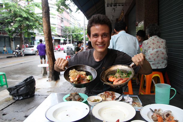 Interview with Mark Wiens, Eating Thai Food Blogger, Migrationology