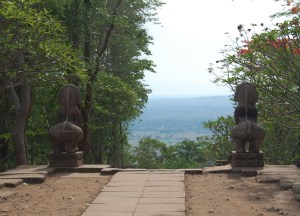 Views to Cambodia, Isaan Tours and Phanom Rung Thailand