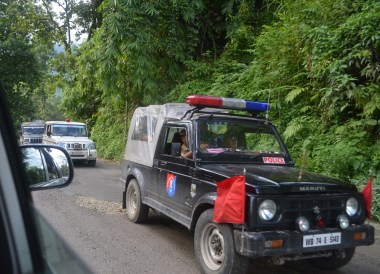 Gorkhaland Police Car, Taxi to Gangtok from Bagdogra, NJP, Road to Sikkim