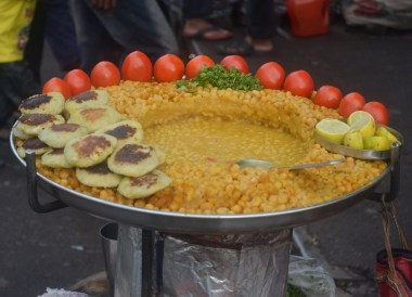 Chana Masala Kolkata, Introduction to Indian Food, Eating in India, Asia Travel