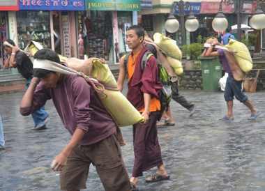 Baggage Porters, Top Attractions in Sikkim and Gangtok