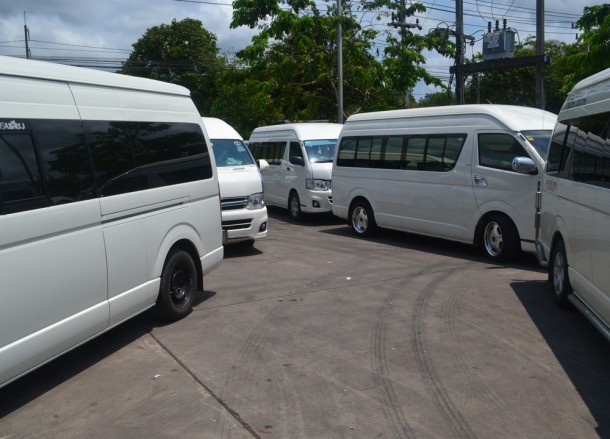 Minibuses Leaving Victory Monument, Bangkok to Koh Chang by Minibus, Victory Monument