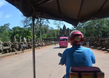 Daily Tuk-Tuk Rental for Introduction to Angkor Wat Two Day Tours