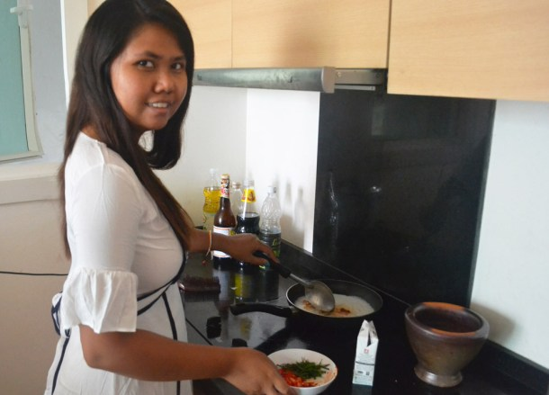 Cooking in Fanfan's Kitchen, Thai fried fish, Thailand
