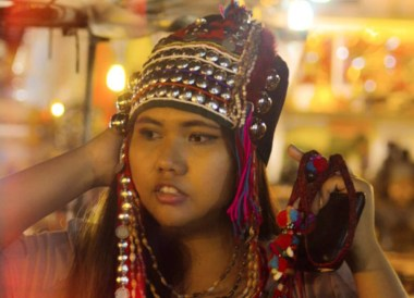 Shopping at Night Market, Top 10 Chiang Rai Attractions