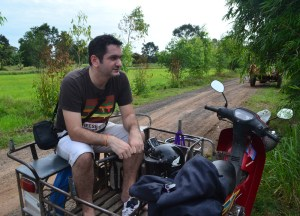 How to Make a Living from Travel Blogs, Tailored Tours