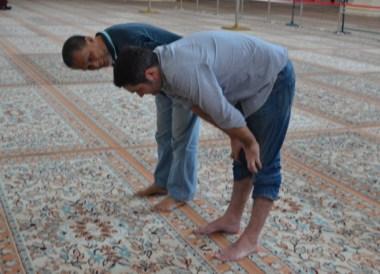 Prayer Postures, Top 10 Attractions in Kuala Lumpur Malaysia