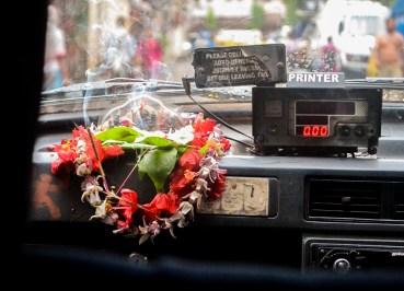 Calcutta Taxi Fare, Dakshineswar Kali Temple, Hooghly River, Kolkata
