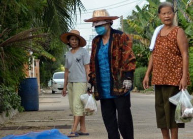 Local Isaan Grannies, Thailand Border Towns and Attractions