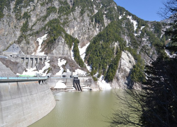 Kunobe Dam, Alpine Route by JR Pass Japan