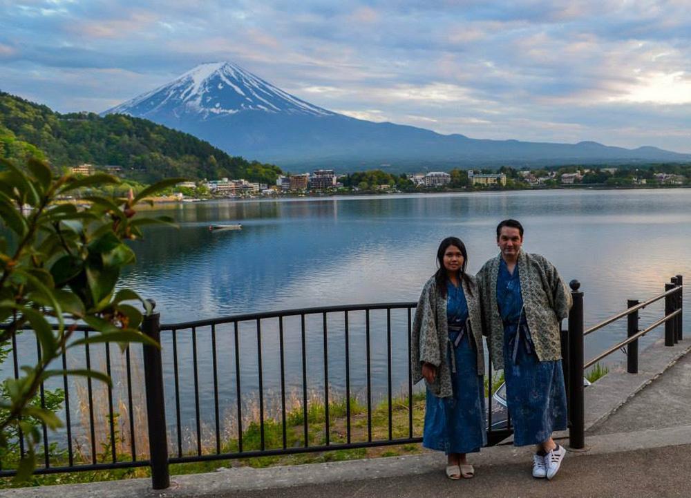 Tourist Zone, Ryokan Hotels at Mount Fuji and Lake Kawaguchiko (Japan)