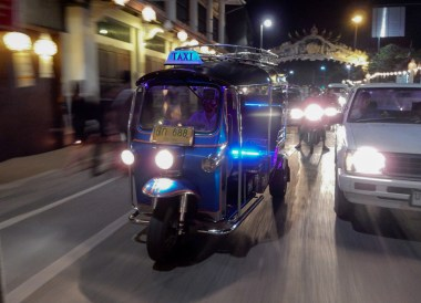 Tuk Tuk Trave in Chiang Mai, Best Things to do in Northern Thailand