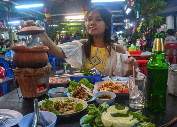 Isaan Food and Jim Jum Hot Pot in Bangkok Ramkamhaeng