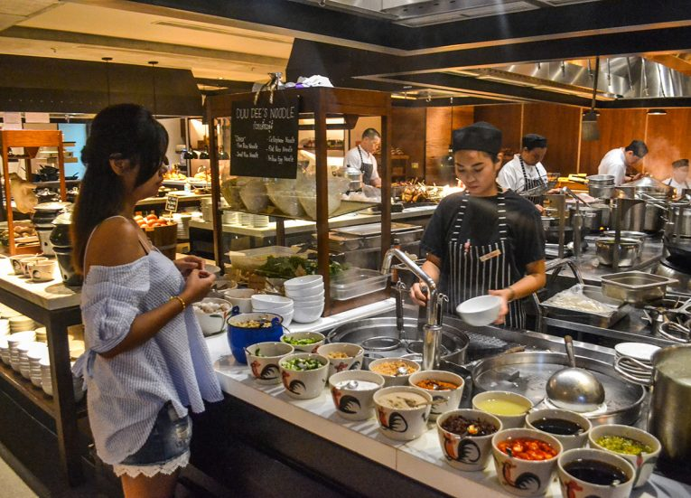 Goji Kitchen & Bar, Bangkok Marriott Marquis Queen's Park Hotel Em District