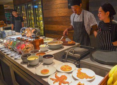Pancake Waffles, Bangkok Marriott Marquis Queen's Park Hotel Em District