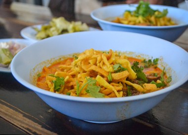 Khao Soi Street Food, Living in Chiang Mai Northern Thailand