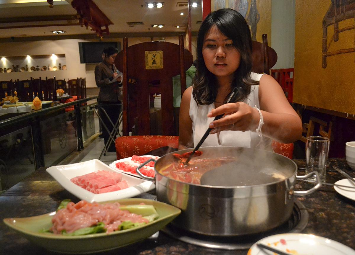 Cygnet Hotpot Restaurant, Sichuan Hot Pot Cygnet Chongqing China Chillies Pepper